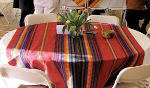 P2030073_table decor_crop1